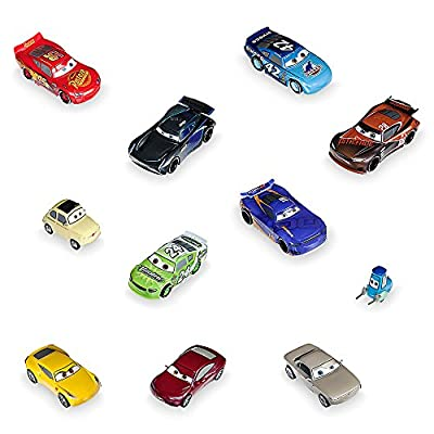 Disney Cars 3 Deluxe Figure Play Set